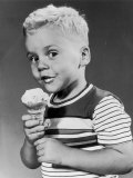 boy eating ice creamWe all scream for ice cream